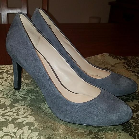 965cfa3f3 ... Nine West Gray Suede Handjive Heels. M_5aa3753ff9e501c2f08c3222